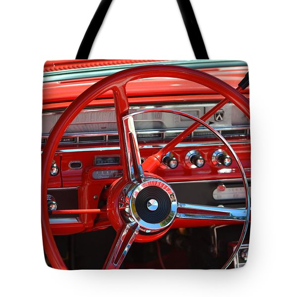 Tote Bag featuring the photograph Hr-41 by Dean Ferreira