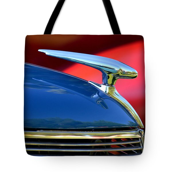 Tote Bag featuring the photograph Hr-45 by Dean Ferreira