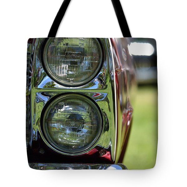 Tote Bag featuring the photograph Hr-46 by Dean Ferreira