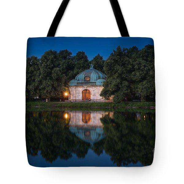 Hubertusbrunnen Tote Bag