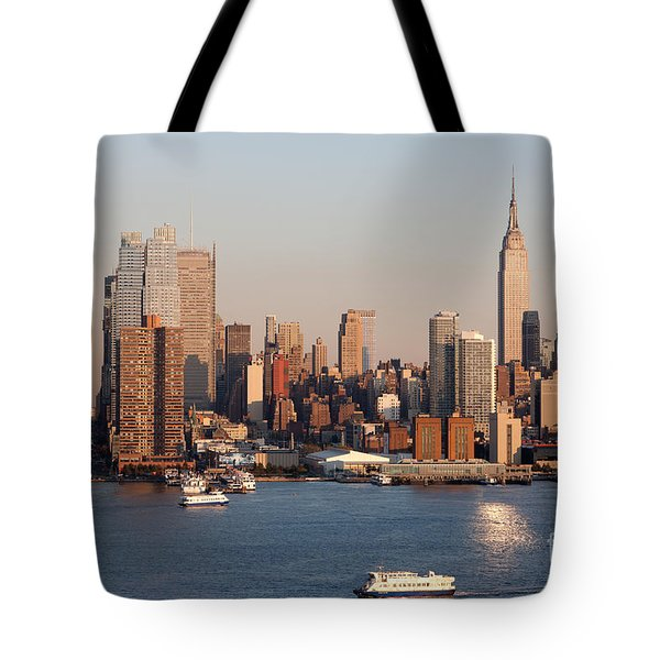 Hudson River And Manhattan Skyline I Tote Bag by Clarence Holmes