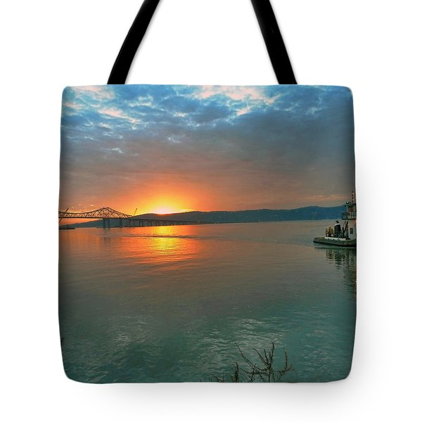 Hudson River Sunset Tote Bag by Jeffrey Friedkin