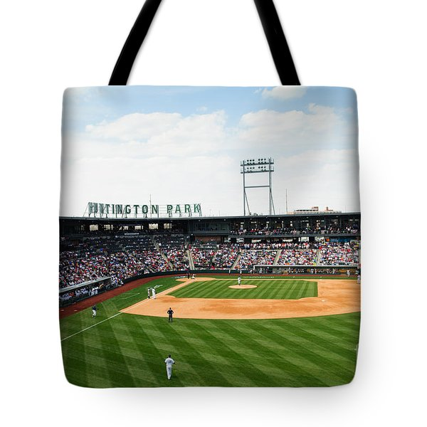 D24w-243 Huntington Park Photo Tote Bag
