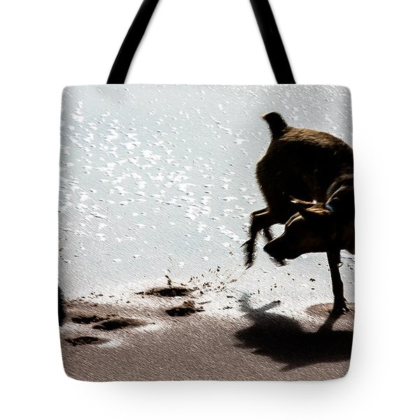 Tote Bag featuring the photograph If You Need A Friend by Edgar Laureano