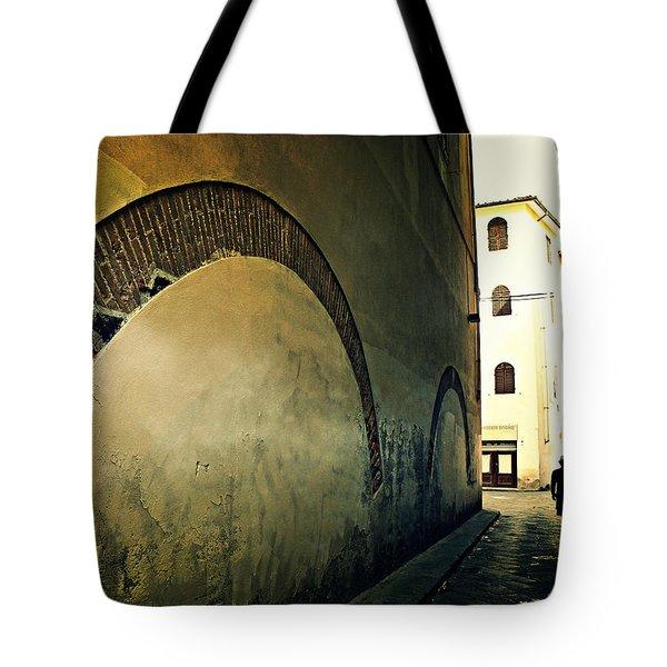 Il Muro  Tote Bag by Micki Findlay