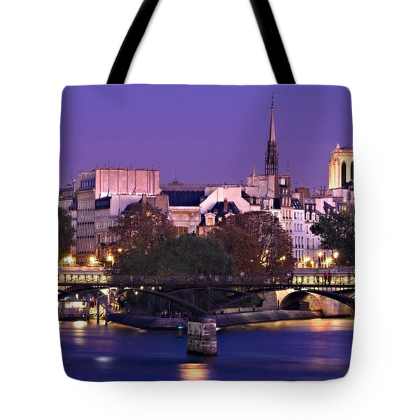 Ile De La Cite And Pont Des Arts / Paris Tote Bag