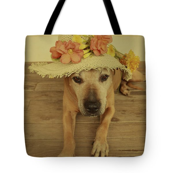 Tote Bag featuring the photograph In Her Easter Bonnet by Elaine Teague