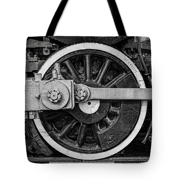Tote Bag featuring the photograph In The Middle by Ken Smith