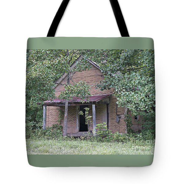 In The Middle Of Nowhere Tote Bag by Ann Horn