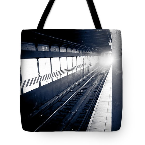 Tote Bag featuring the photograph Incoming At The Subway - New York City by Peta Thames