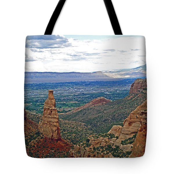 Independence Monument In Colorado National Monument Near Grand Junction-colorado Tote Bag