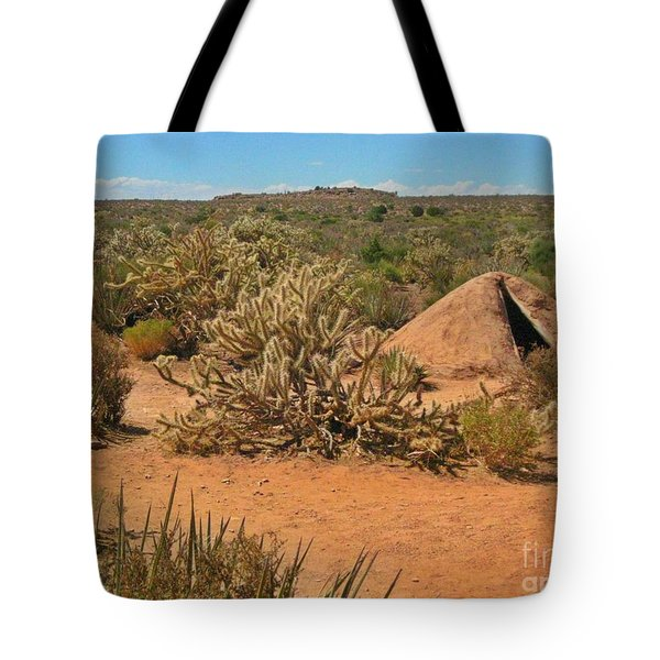 Indian Earth Shelter In The Desert Tote Bag by John Malone