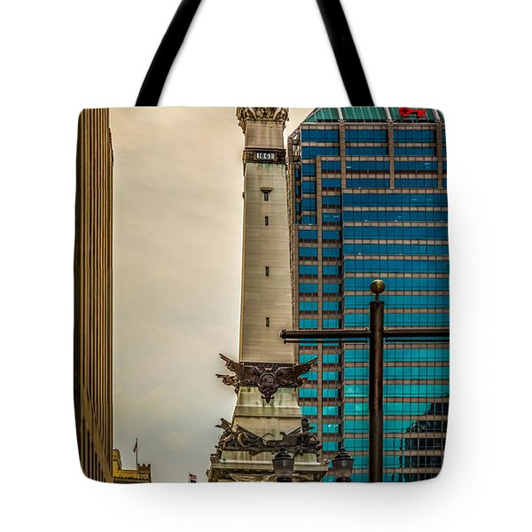 Indiana - Monument Circle With State Capital Building Tote Bag