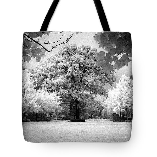 Infrared Majesty Tote Bag