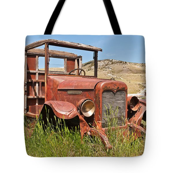 Tote Bag featuring the photograph International Truck by Sue Smith