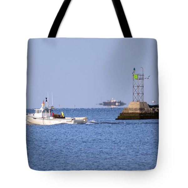 Into The Blue Tote Bag by Joe Geraci