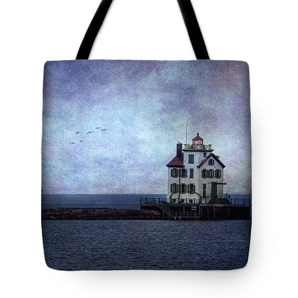 Into The Night Tote Bag by Dale Kincaid