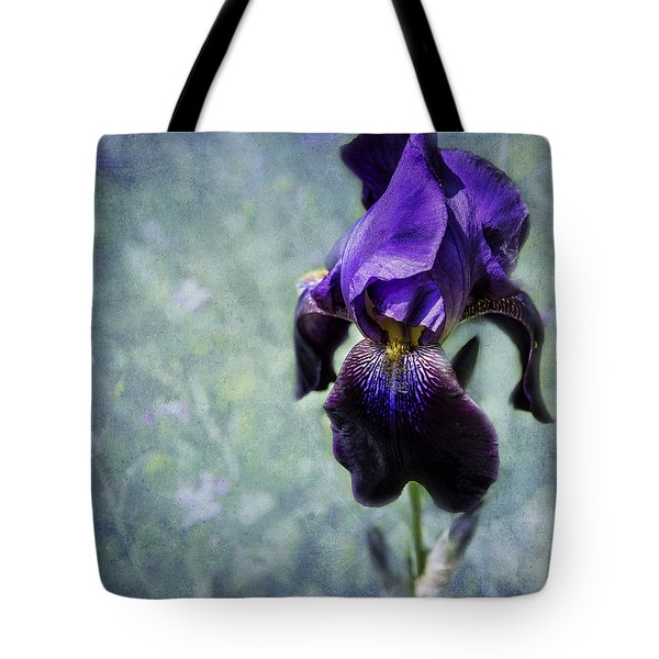 Iris - Purple And Blue - Flowers Tote Bag