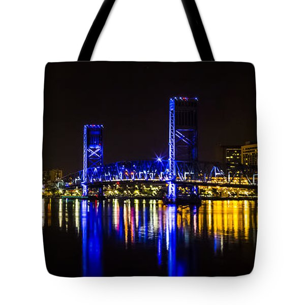 Tote Bag featuring the photograph Jacksonville Skyline by Paula Porterfield-Izzo