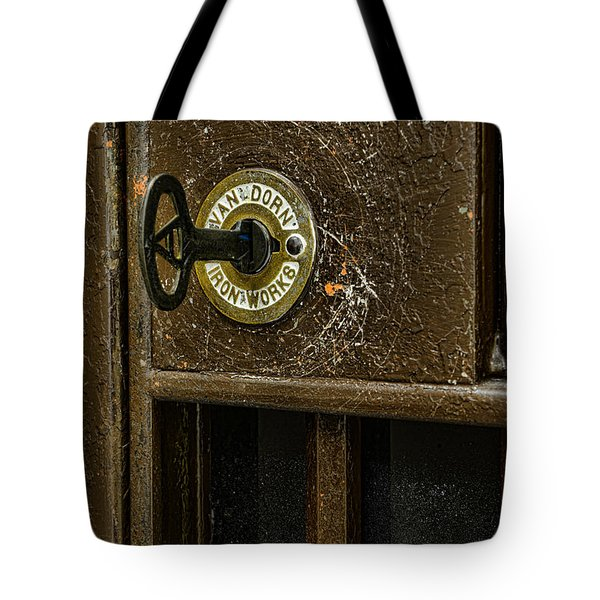 Jail Cell Door Lock  And Key Close Up Tote Bag by Paul Ward