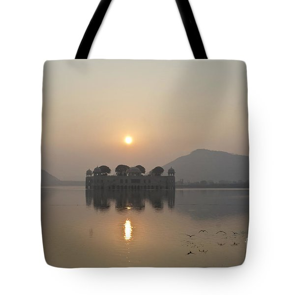 Jal Mahal In Sunrise Tote Bag