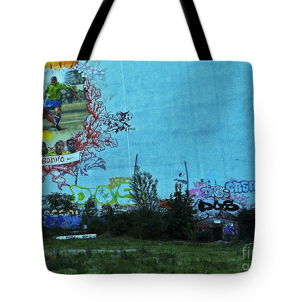 Joga Bonito - The Beautiful Game Tote Bag