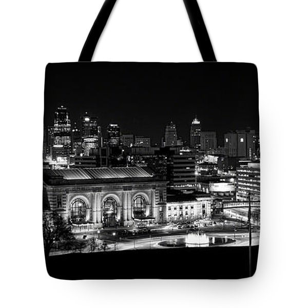 Kansas City In Black And White Tote Bag