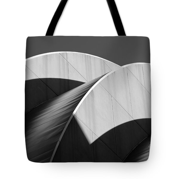 Kauffman Center Curves And Shadows Black And White Tote Bag