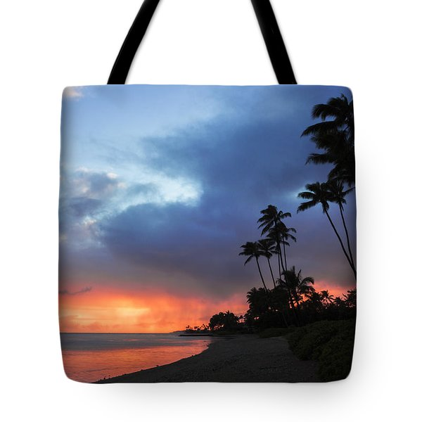 Tote Bag featuring the photograph Kawaikui Sunset 2 by Leigh Anne Meeks