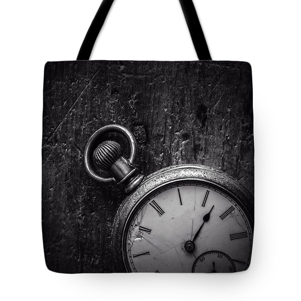 Tote Bag featuring the photograph Keeping Time Black And White by Edward Fielding