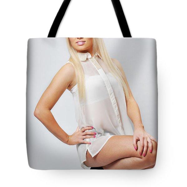 Kellie8 Tote Bag by Yhun Suarez