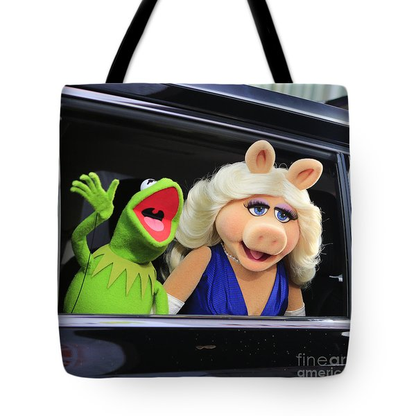 Kermit Takes Miss Piggy To The Movies Tote Bag
