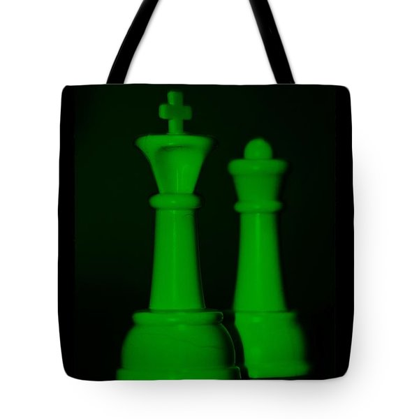 King And Queen In Green Tote Bag by Rob Hans