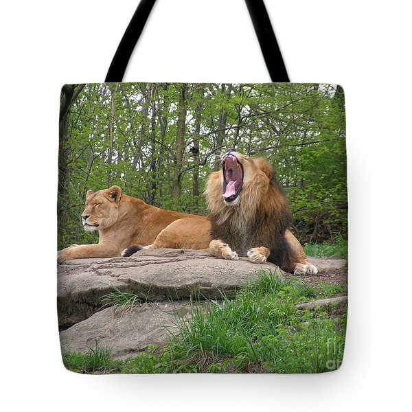 King And Queen Of The Jungle Tote Bag