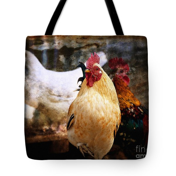 King In The Chicken Coop Tote Bag by Lee Craig