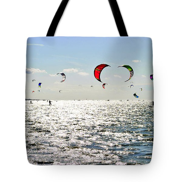 Kitesurfing In The Sun Tote Bag