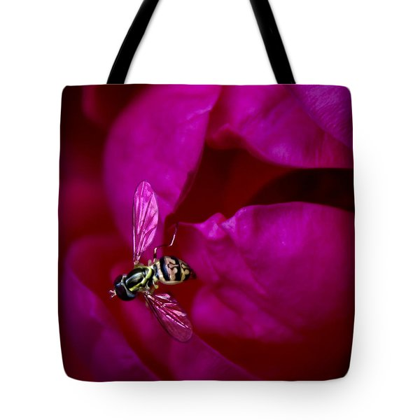 Knockout Rose Investigation Tote Bag