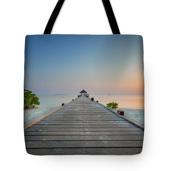 Komandoo Sunrise Tote Bag