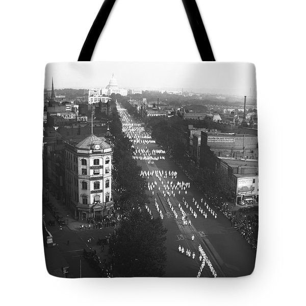 Ku Klux Klan Parade Tote Bag by Underwood Archives