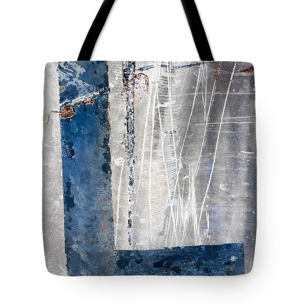 L In The Water Tote Bag