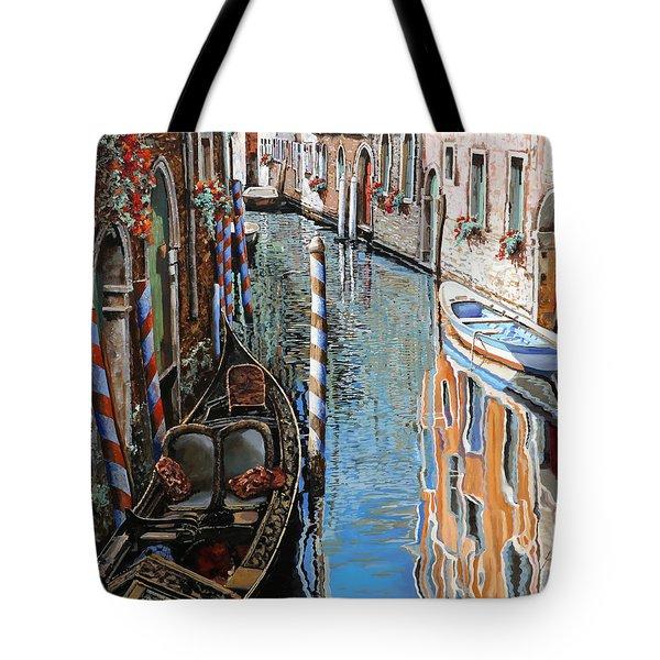 La Barca Al Sole Tote Bag by Guido Borelli