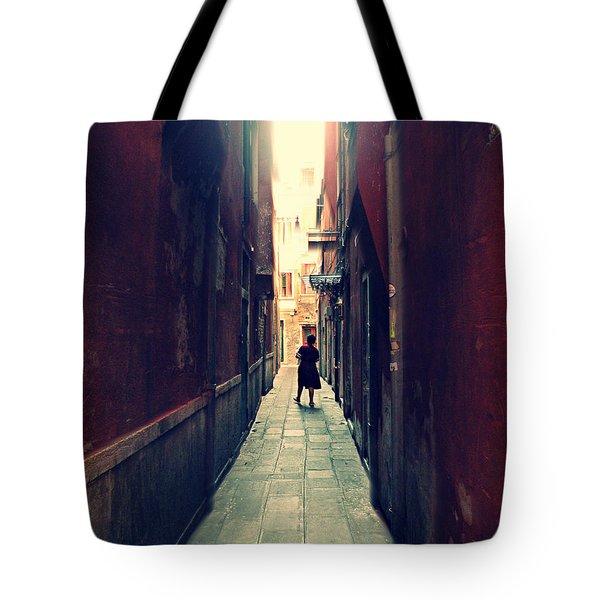 La Cameriera  Tote Bag
