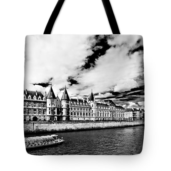 La Conciergerie / Paris Tote Bag