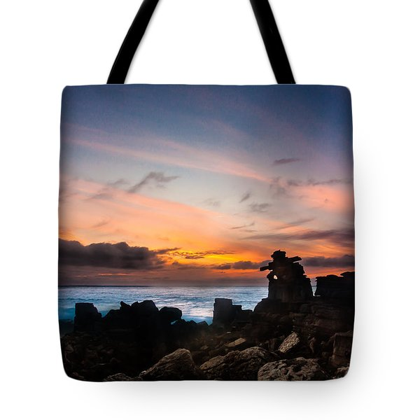 Tote Bag featuring the photograph La Siesta by Edgar Laureano