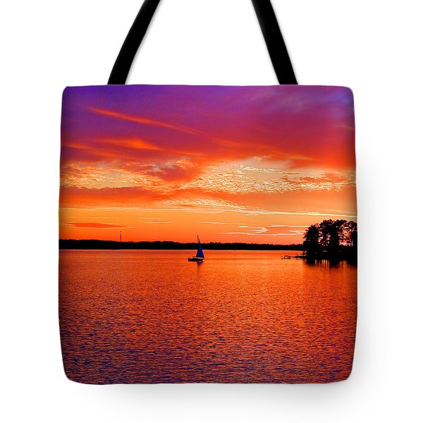 Tote Bag featuring the photograph Lake Murray Sunset by Joseph C Hinson Photography