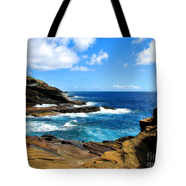 Lanai Scenic Lookout Tote Bag