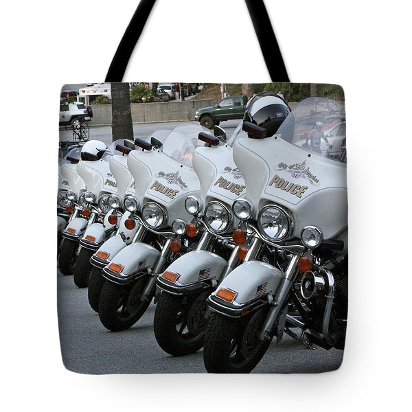 Tote Bag featuring the photograph La's Finest by Shoal Hollingsworth