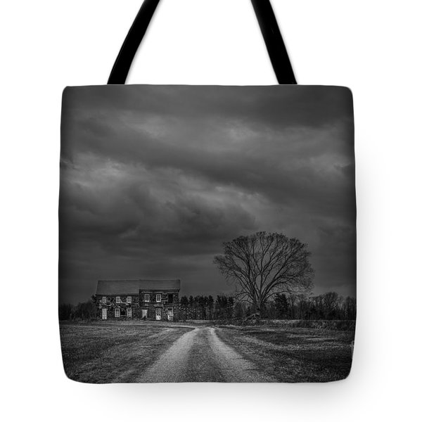 Last House On The Left Bw Tote Bag