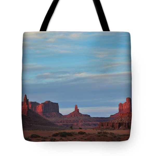 Tote Bag featuring the photograph Last Light In Monument Valley by Alan Vance Ley