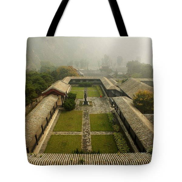 Tote Bag featuring the photograph Late Morning Fog At The Great Wall  by Lucinda Walter